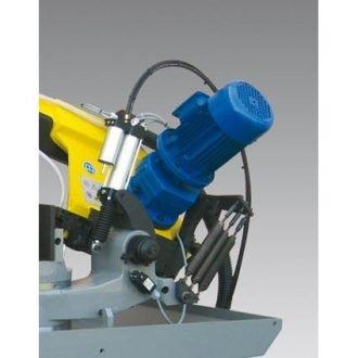 Gravity feed system with hydraulic cutting control
